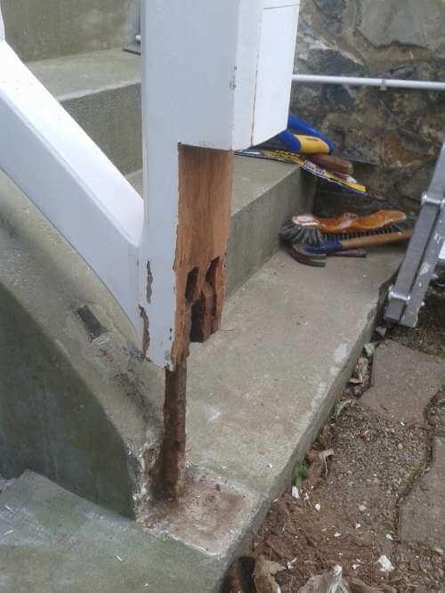 Balustrade extérieur en bois à rénover