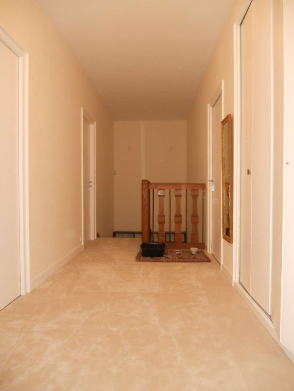 Changement de moquette dans un escalier