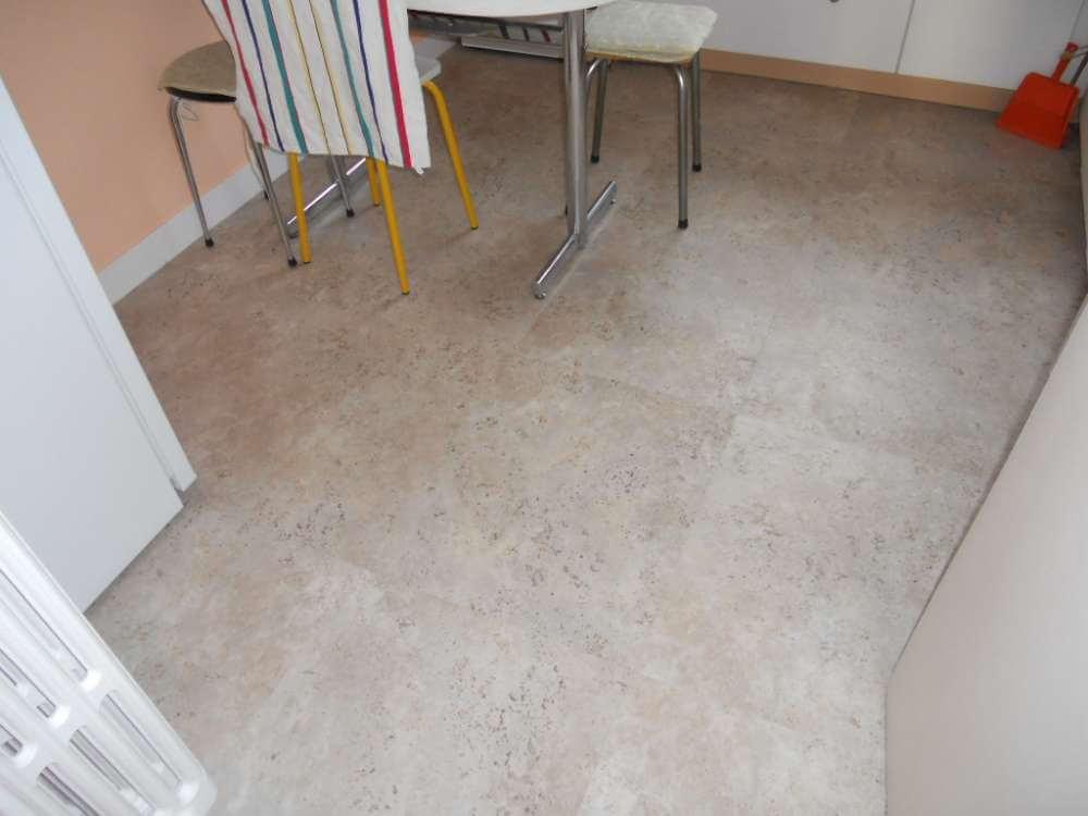 Mise en peinture et réfection du sol d'une cuisine
