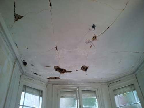 ouverture plafond pendant travaux