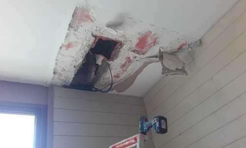 Plafond à boucher