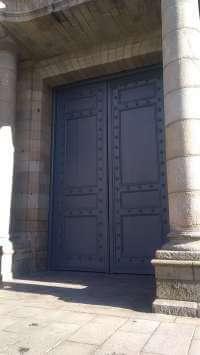 Porte de la cathédrale Rennes
