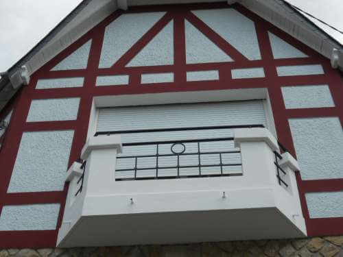 Ravalement maison style anglo-normand après